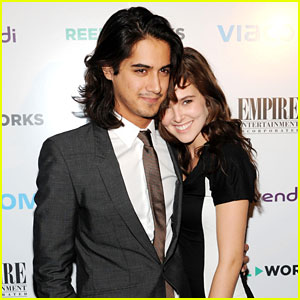 Avan Jogia & Zoey Deutch