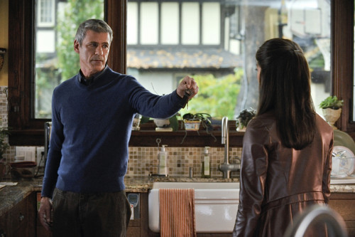 """Beauty And The Beast Episode 8 """"Trapped"""" منظر پیش تصاویر"""