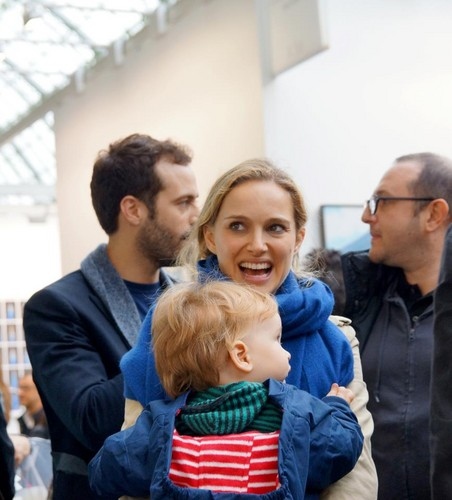Candids Of Natalie Portman in Paris With Benjamin Millepied and Aleph (November 2012)