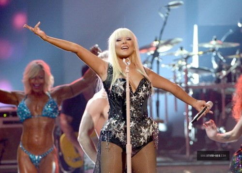 Christina Aguilera - AMA's 2012
