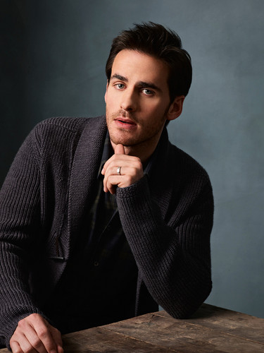 Colin O'Donoghue দেওয়ালপত্র containing a well dressed person and a business suit called Colin O'Donoghue