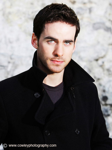 Colin O'Donoghue پیپر وال probably containing a مٹر, مصری چنا جیکٹ called Colin O'Donoghue