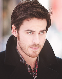 Colin O'Donoghue kertas dinding possibly with a business suit and a portrait called Colin O'Donoghue