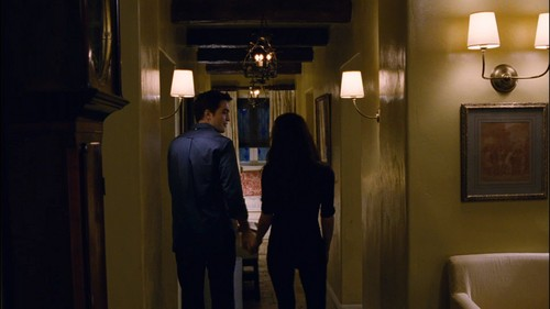 Edward e Bella wallpaper probably with a living room, a drawing room, and a family room entitled Edward and Bella in their cottage