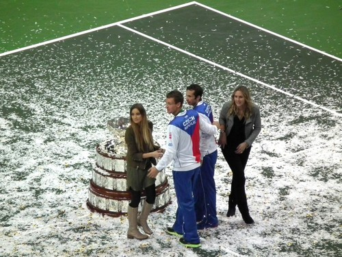Ester,Tomas,Radek and Nicole with trophy