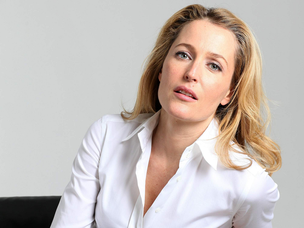 Gillian Anderson Images Gillian Anderson Hd Wallpaper And