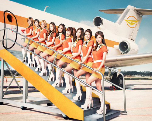 "Girls' Generation ""Flower Power"" scan"