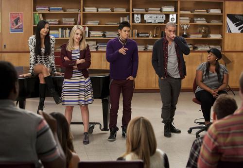Glee S04E08