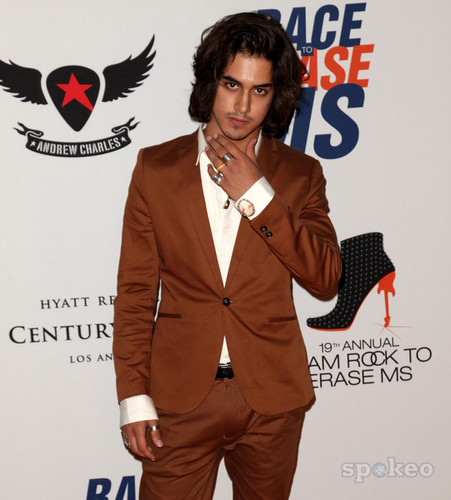 Avan Jogia wallpaper containing a business suit, a suit, and a well dressed person entitled Grown Av