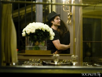 Ian Somerhalder e Nina Dobrev wallpaper possibly with a bouquet entitled Ian & Nina in Paris-5