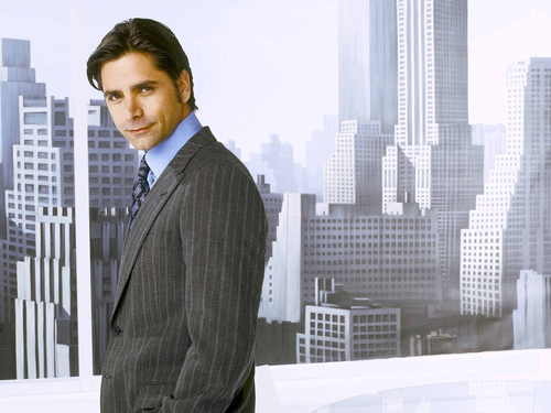 John Stamos Обои containing a business suit, a suit, and a three piece suit entitled John Stamos