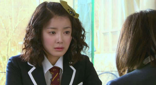 Lee Si Young as Oh Min Ji in Boys Over flores