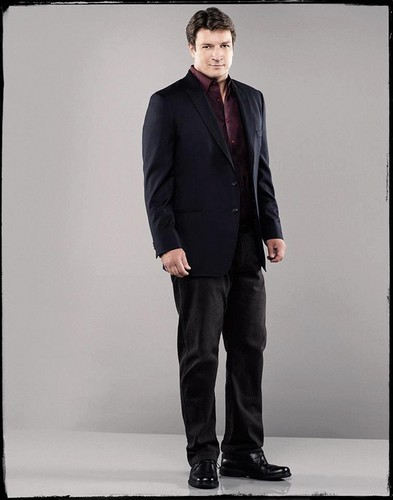 Nathan Fillion wallpaper containing a business suit, a suit, and a three piece suit called Nathan Fillion as Richard kastil, castle