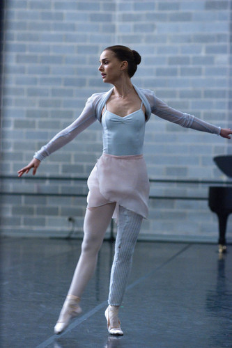 New Black Swan Still (HQ)