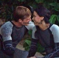 Peeta & Katniss - peeta-mellark-and-katniss-everdeen photo