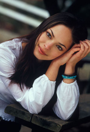 Kristin Kreuk wallpaper probably containing a park bench entitled People Photoshoot