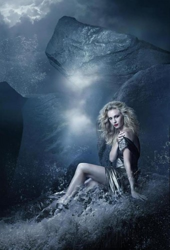 Promotional фото S4 Candice Accola
