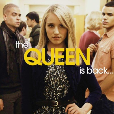 Quinn Fabray wallpaper containing a portrait titled Quinn season 4
