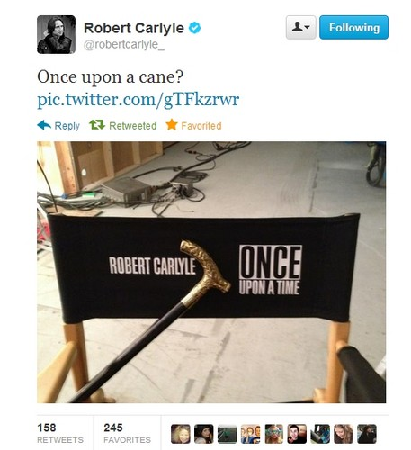 Robert & Emilie on Twitter