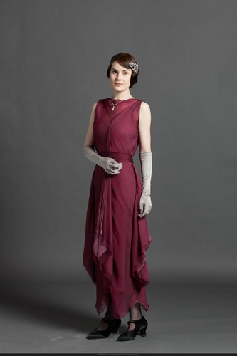 Downton Abbey Hintergrund with a abendessen dress and a kleid titled S3 Promo Pic
