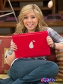 Sam with her laptop - samantha-puckett photo
