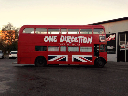 Take me inicial tour bus