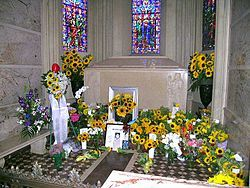 The Gravesite Of Michael Jackson