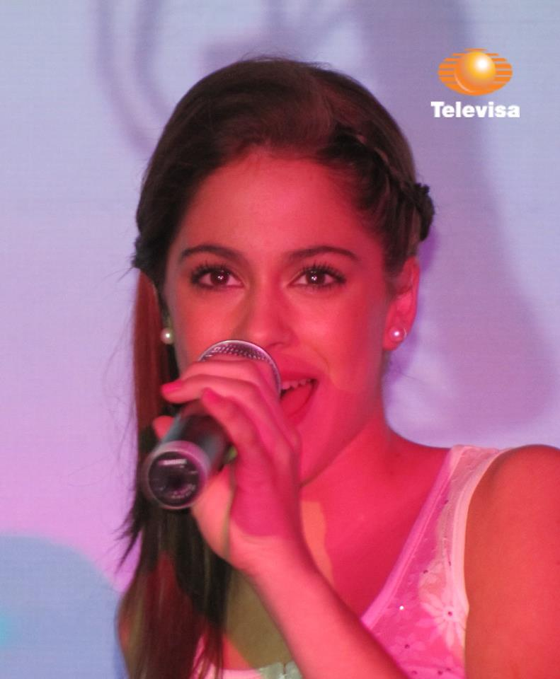 photo de violetta - YouTube