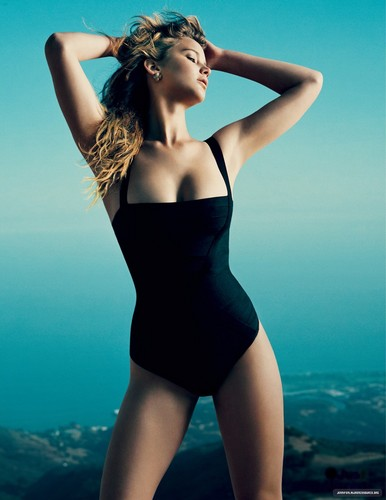 Jennifer Lawrence hình nền containing a maillot entitled Vogue US [HQ]