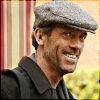 ヒュー・ローリー 写真 possibly with a green ベレー, ベレー帽 called hugh laurie