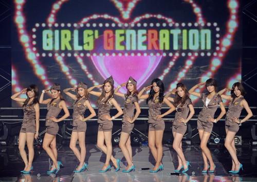 Girl's Generation/SNSD karatasi la kupamba ukuta called legs