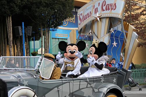 Mickey Và Minnie