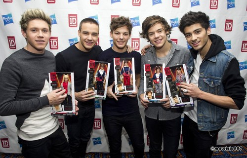 one direction,Hasbro, 2012