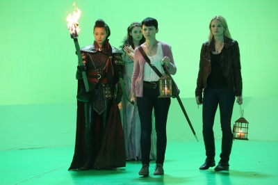 Jennifer Morrison, Ginnifer Goodwin,Sarah Bolger and Jamie Chung from Once Upon A Time S02E09