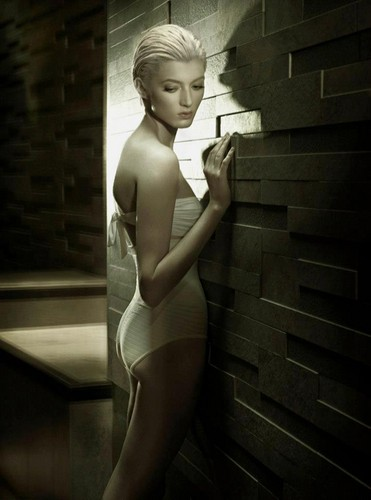 'The Perfect Body' Sophie Sumner سے طرف کی Jez Smith for Vogue Italia November 2012 [Editorial]