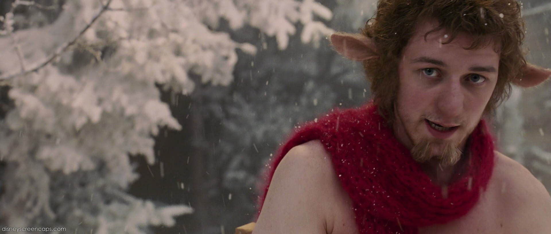 15 Pictures Of Lucy Pevensie And Mr Tumnus The