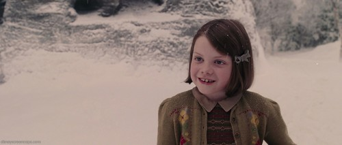 15 Pictures of Lucy Pevensie and Mr. Tumnus - the-chronicles-of-narnia Photo
