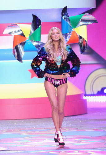 2012 VSFS segment 4: roze IS US