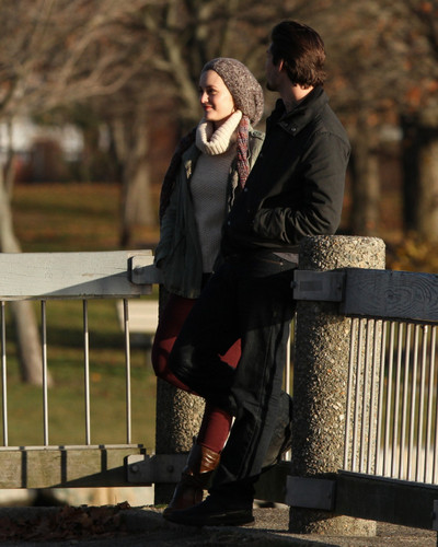 Ben Barnes wallpaper containing a park bench entitled 2013 - GOD ONLY KNOWS > ON SET IN PROVIDENCE