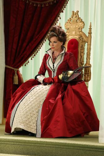 2x09- Queen of Hearts- Promo Photos