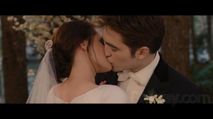 Breaking dawn Blu-ray Movie Screenshots