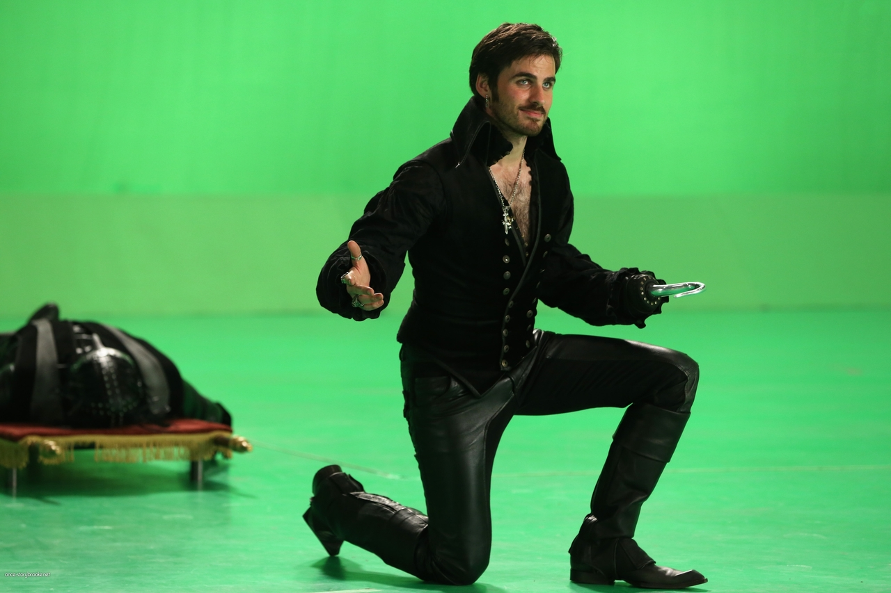 captain hook once upon a time scenes There's no shortage of love stories on once upon a time, including the epic love story of emma swan (jennifer morrison) and captain hook (colin o'donoghue) from the moment they met, it was clear that emma and hook were destined to be together throughout the seasons, they've discovered they.