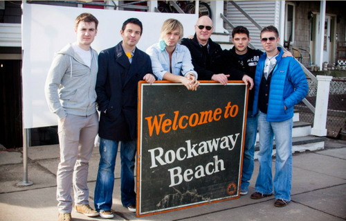 Celtic Thunder at Rockaway ساحل سمندر, بیچ