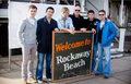 Celtic Thunder at Rockaway de praia, praia
