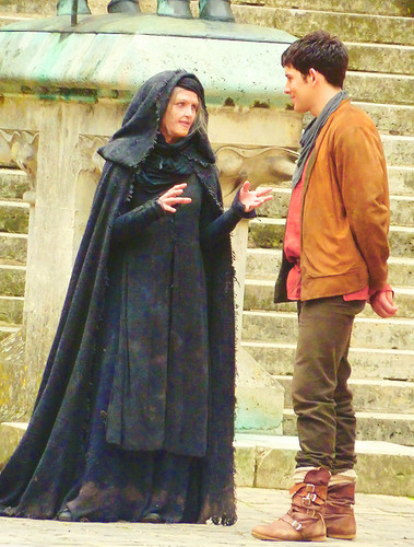 Colin and Katie on set in Pierrefonds (Series 5)