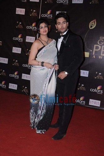 Farben golden petal awards 2012