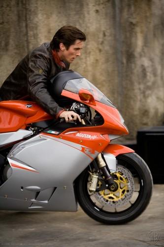 Bruce Wayne hình nền containing a xe máy, lái xe mô tô, môtô and a motorcycle cop called Cool<3