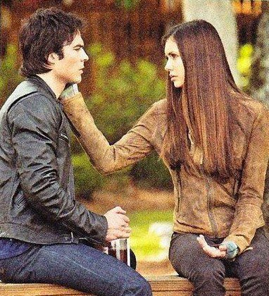 Damon & Elena wallpaper entitled Damon/Elena 4x09♥