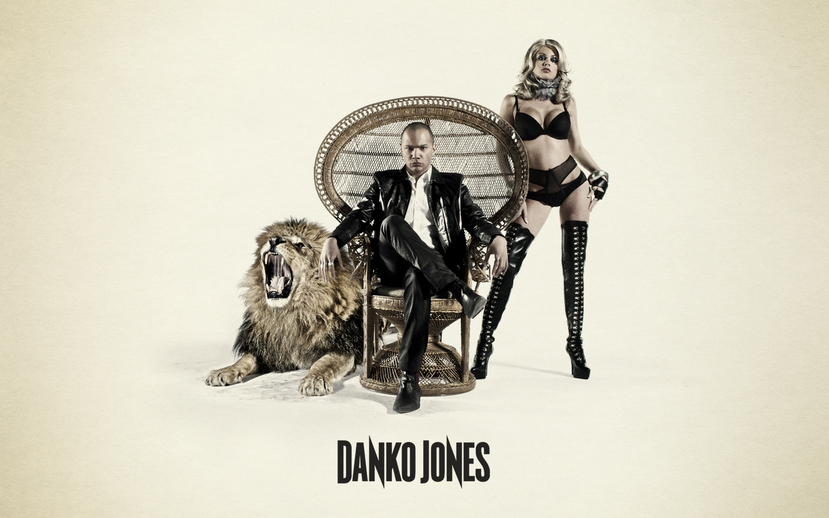 Danko-Jones-danko-jones-32937885-1680-1050.jpg