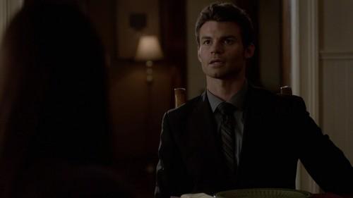 Elijah in 3x22